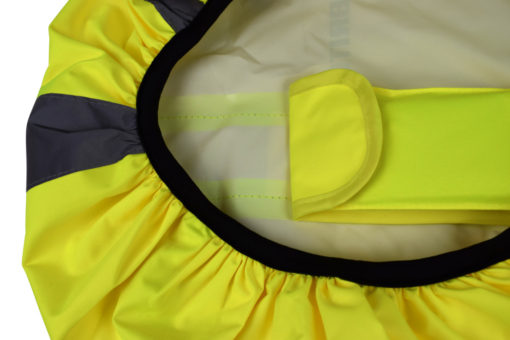 Taped and heat sealed seams that keep all your personal belongings in your rucksack dry